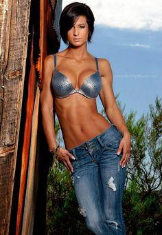 Cristina+Vujnich-model+fitness-fitness+beauties-fitness+female.jpg Get a Body Like This in 8 Weeks - WebMuscleFitness.com