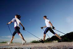 Praticare nordic walking con la giusta tecnica è molto importante per ottenere i massimi benefici. Ecco gli errori da evitare durante l'allenamento...