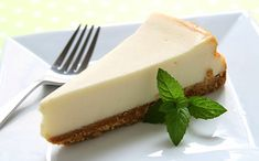 Lindy's Cheesecake: 'Lost' recipe for legendary cheesecake found and printed in Albany Times Newspaper. Lindy's Cheesecake Recipe, Original Cheesecake Recipe, Homemade Cheesecake, New York Desserts, Great Desserts, Cronut, New York Style Cheesecake, Classic Cheesecake, Tolle Desserts