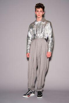 Topman Design Spring 2018 Menswear Collection Photos - Vogue
