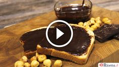 Homemade Nutella! (Nutella fatta in casa)