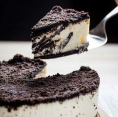 Goat Cheese Cake with Hazelnut, Easy and Cheap - Clean Eating Snacks No Bake Desserts, Easy Desserts, Easy Dinner Recipes, Dessert Recipes, Dessert Ideas, Cheap Clean Eating, Clean Eating Snacks, Greek Sweets, Oreo Cake