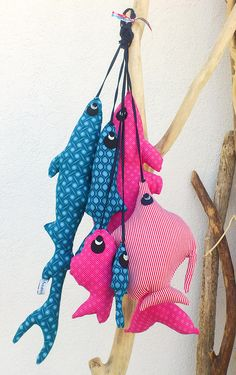 "Handmade Fish Toys by Les Curiosités de Fred - could make these with magnets at mouth for Adelaide to go ""fishing"" Fish Crafts, Beach Crafts, Giant Plush, Fabric Fish, Creation Deco, Fish Design, Sewing Toys, Fish Art, Used Iphone"