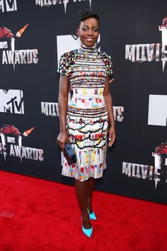 Pin for Later: Ganz Hollywood kommt zum roten Teppich der MTV Movie Awards Lupita Nyong'o