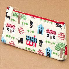 Very sweet and cute kitten pencil case. Imported from Japan and available for purchase from Mode S4u