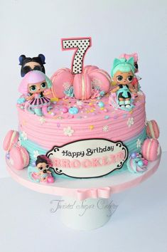 Lol Dolls And Macarons LOL dolls are toys. Buttercream, macarons and lots of spr… Lol Dolls und Macarons LOL Puppen sind Spielzeug. Doll Birthday Cake, Funny Birthday Cakes, Birthday Cakes For Girls, 7th Birthday Party Ideas, Birthday Fun, Surprise Birthday, Ideas Party, Bolo Panda, Lol Doll Cake