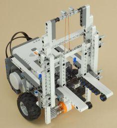 NXT Forklift Lego Nxt, Lego Robot, Robots, Lego Mindstorms, Lego Technic, First Lego League, Robotics Projects, Stem Challenges, Robot Design
