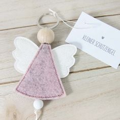 New Pics Xmas crafts for babies Thoughts Going for a nights Yuletide hobby strategy brainstorming. It is 5 days in advance of Christmas. Angel Crafts, Felt Crafts, Diy And Crafts, Christmas Crafts, Crafts For Kids, Christmas Ornaments, Christmas Makes, Felt Christmas, Christmas Angels