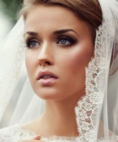 What a beautiful, classic look for your wedding day! #weddingdaymakeup