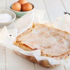 La bica blanca de Laza es un bizcocho delicioso y aireado, con una costra dulce y crujiente y un interior tierno y muy sabroso.