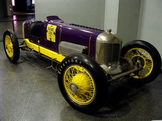 Miller 91 Packard Cable Special, 1929 Indy 500. Driver: Tony Gulotta. Out on lap 91, supercharger.