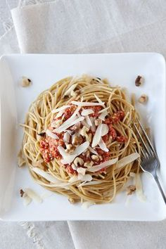 Roasted Red Pepper and Walnut Pesto A Food, Food And Drink, Whole Wheat Spaghetti, Walnut Pesto, Vegetarian Recipes, Healthy Recipes, Healthy Food, Dinner Is Served, Roasted Red Peppers