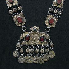 TURKMENISTAN – Fire gilded antique silver necklace
