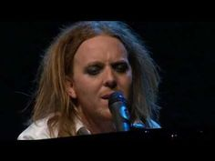 Tim Minchin-comedian and usually very sarcastic, but this song is one of the most beautiful christmas songs I've heard