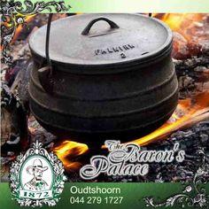 Delicious biltong potjie! #biltong #potjie #recipe Biltong, South African Recipes, Grubs, Dessert Recipes, Desserts, Kos, Affair, Recipies, Stuffed Mushrooms