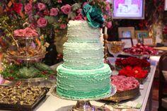 Painted Cake en feria de novias de la revista Inesquecível Casamento Foto: Velo de Vainilla http://www.velodevainilla.com/2014/08/18/top-10-feria-de-novias/