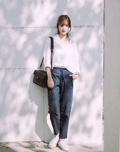 New Style Casual Simple Stylists Ideas Korea Fashion, Asian Fashion, Daily Fashion, Trendy Fashion, Womens Fashion, Simple Outfits, Casual Outfits, Fashion Outfits, Look Boho