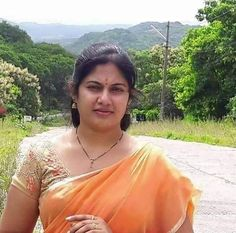 Beautiful Girl In India, Beautiful Women Over 40, Beautiful Blonde Girl, Most Beautiful Indian Actress, Beautiful Girl Image, Beautiful Saree, Cute Beauty, Beauty Full Girl, Beauty Women