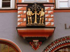 Relief of a laurel tree in Naumburg (Saale), Germany Laurel Tree, Saxony Anhalt, 16th Century, Pharmacy, Door Handles, Germany, Display, Floor Space, Billboard