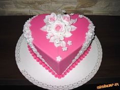 Pretty Cakes, Beautiful Cakes, Amazing Cakes, Heart Shaped Cakes, Heart Cakes, Cake Models, Mom Cake, Valentines Day Cakes, Cake Decorating Techniques
