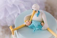 Bebé y cigüeña