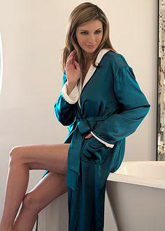 Julianna Rae reversible silk terry robe. #robe #luxury #silk #reversible #juliannarae