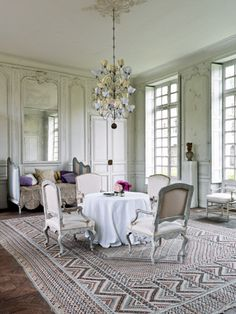 dromantic french dining roomm white