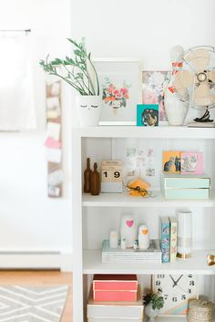 Mid-Century Modern Home Tour   dreamgreendiy.com   @glitterguide (Photos by @photopesce)