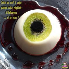 Not anything useful, but I like the idea of using a kiwi to make a Halloween party dip or dessert maybe! Yeux Halloween, Halloween Desserts, Halloween Food For Party, Halloween Treats, Halloween Diy, Happy Halloween, Halloween 2019, Panna Cotta, Tapas