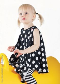 I got these in blue-white, black-white stripes and red with white dots for the kids. Love them <3 Liina-dress by Höö Babywear