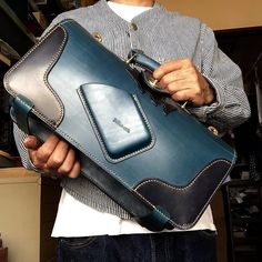 Leather Briefcase, Leather Pouch, Leather Tooling, Leather Men, Leather Backpack, Leather Bags Handmade, Leather Craft, Leather Projects, Shopper Bag