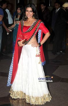 Zoa Morani in Gorgeous Lehenga Ensemble at Esha Deol's pre Wedding Sangeet Ceremony, June 25, 12