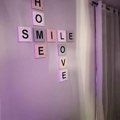 Brandy a ajouté une photo de son achat Scrabble Letters, Wooden Letters, Letter Wall Decor, Smooth Walls, Scandinavian Style, Decoration, Contemporary Style, House Warming, Gray Color