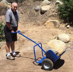 Move large rocks with the Potwheelz hand truck! Metal Projects, Welding Projects, Outdoor Projects, Garden Projects, Garden Tools, Landscaping With Large Rocks, Large Backyard Landscaping, Cool Tools, Diy Tools