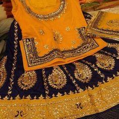 Rajputi poshak by kuldeep singh Pakistani Wedding Outfits, Bridal Outfits, Indian Outfits, Big Indian Wedding, Indian Bridal, Rajasthani Dress, Rajputi Dress, Mehndi Dress, Desi Wear