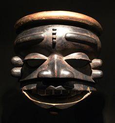 Ekpo-Maske_Ibibio_EthnM_IIIC18872.jpg (1821×1937)