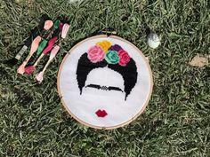 Frida Kahlo Cross Stitch , Handmade Super Mario Bros Embroidery Hobby Handcraft Kanaviçe Puntocroce Pointdecroix Puntodecruz Flowers Colorful
