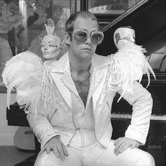 ... Gallery - Elton John - Star by Terry O'Neill (© Terry O'Neill