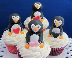 Valentines Day Cupcakes by zoeycakes, via Flickr
