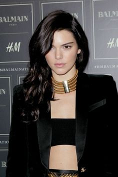04cf1d7ba0 Kendall Jenner s look is on point in head-to-toe Balmain x H amp
