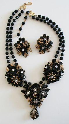 Stunning Black Ian St. Gielar Stanley Hagler SET Necklace Earrings