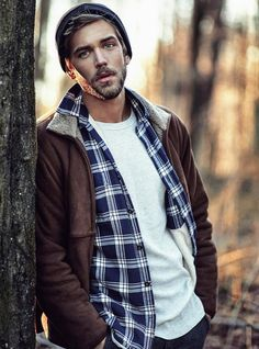 Mens fashion rugged - Winter outfits men - Sneakers men fashion - Hipster mens fashion - Mens f, Winter Outfits Men, Fall Fashion Outfits, Hipster Outfits, Ben Dahlhaus, Outdoorsy Style, Rugged Men, Hipster Man, Mens Fashion Shoes, Fashion Fashion