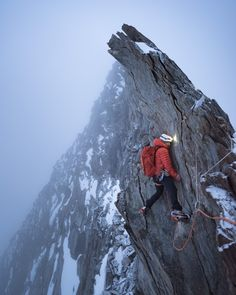 Tom Coney on the north ridge of the Täschhorn at dawn. an awkward spot in bad weather! Alpine Climbing, Ice Climbing, Pictures Of Rocks, Nature Pictures, Camping, Mountaineering, Adventure Is Out There, Climbers, The Great Outdoors
