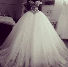 Charming Crystal White Ball Gowns 2015 Wedding Dresses Sweetheart Beaded Princess Tulle Sweep Train Bling Wedding Gown Custom Made Poofy Wedding Dress, Stunning Wedding Dresses, Princess Wedding Dresses, Dream Wedding Dresses, Beautiful Gowns, Bridal Dresses, Wedding Gowns, Luxury Wedding Dress, Bling Wedding