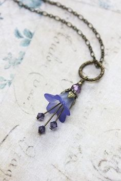 Bluebell Flower Earrings - Lavender Blue Lucite Flower Dangles This is just very pretty