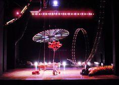 Reigen, 10 Regisseure, Bühnenbild und Licht: Klaus Grünberg, Schauspielhaus Hamburg, 2001