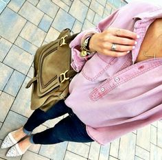 Street style, casual outfit, spring chic, summer chic, pink blouse, black skinny jeans, white flats, brown bag
