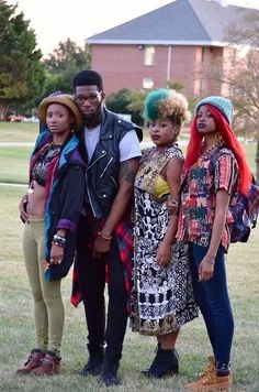 www.cewax.fr aime ce look afropunk, ethno tendance, style ethnique. Dans le même style, visitez la boutique de CéWax : http://cewax.alittlemarket.com/ #Africanfashion, #ethnotendance -Afropunk