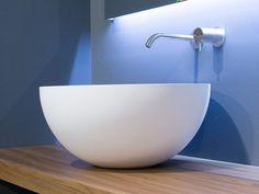 Lavabo da appoggio in Cristalplant® URNA by Antonio Lupi Design® design Carlo Colombo