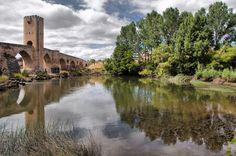 El río Ebro en las inmediaciones de Frías, en las Merindades de Burgos by ANTIQVA CORDOBA, via 500px